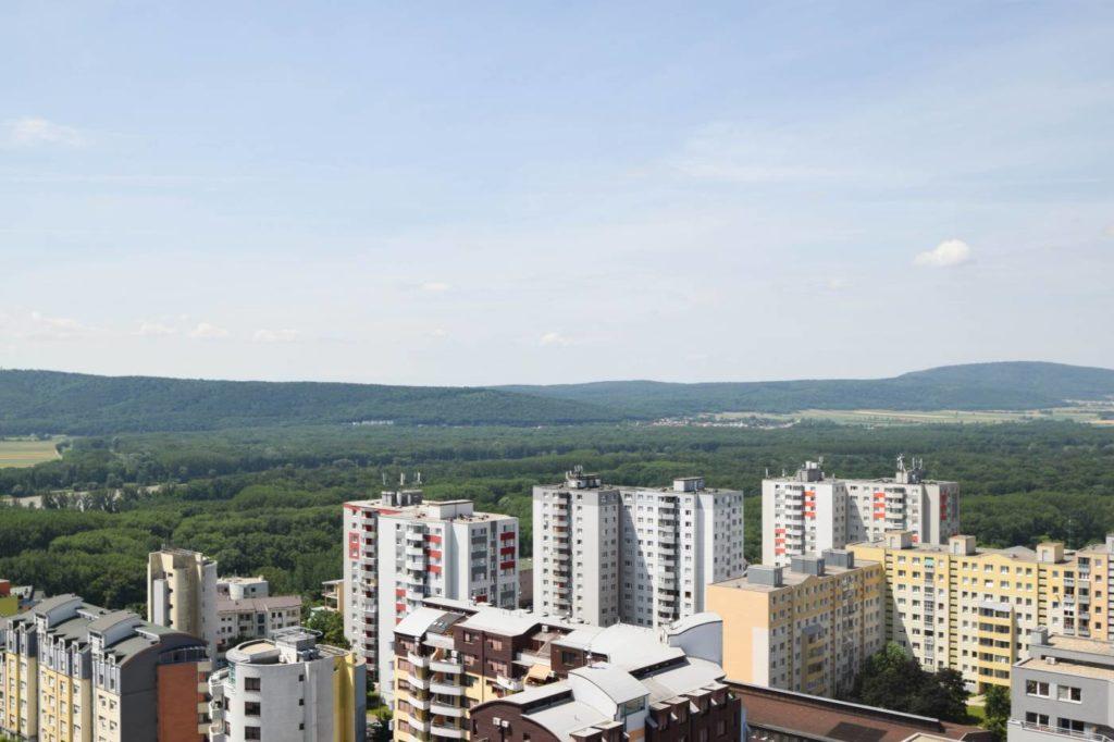Кто сможет купить недвижимость в Словакии